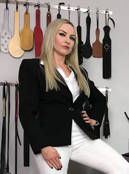 Facesitting Mistress in riding wear - jodhpurs and riding boots